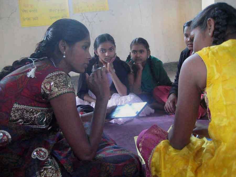 Indian teen teaching other girls