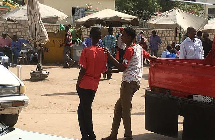 Somalilander teens in city