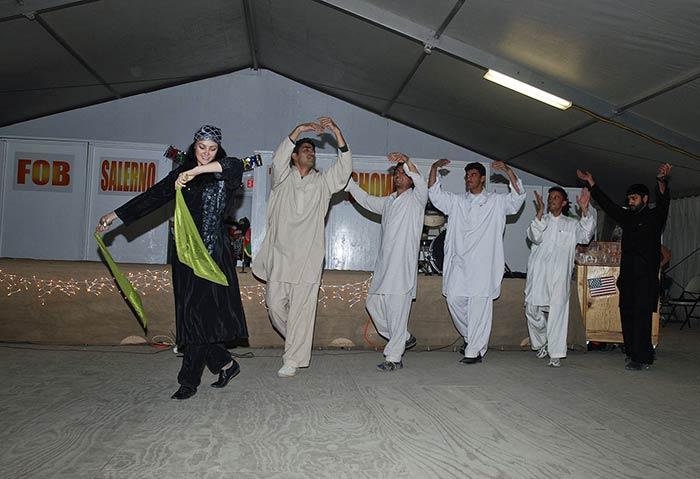 Dancing Attan