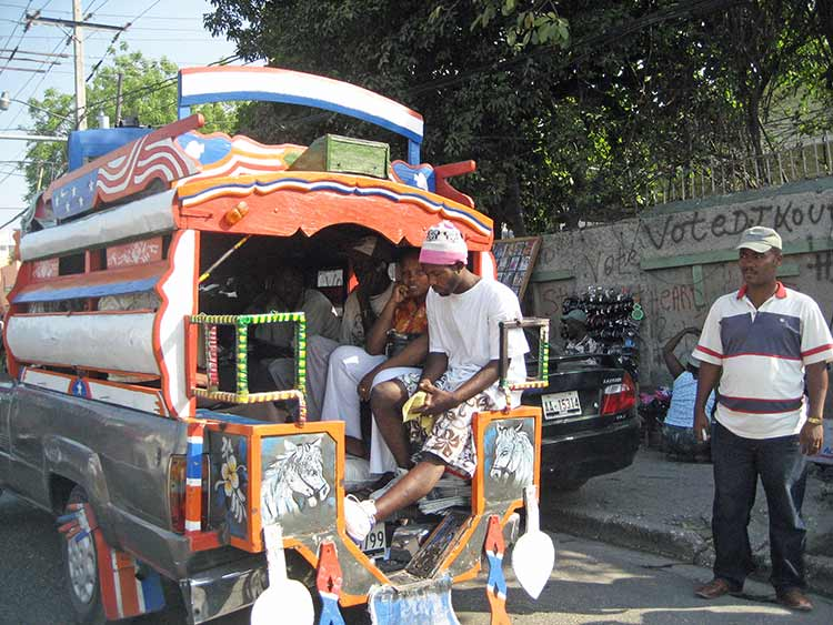 Tap tap taxi in Haiit