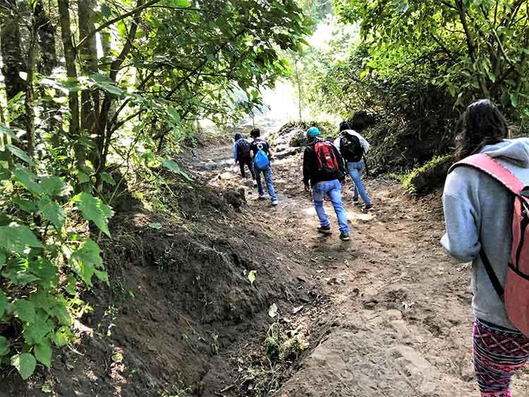 Hiking up Volcano Pacaya