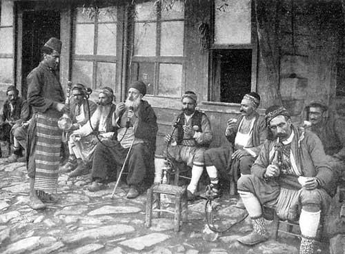 Iraqis smoking hookah