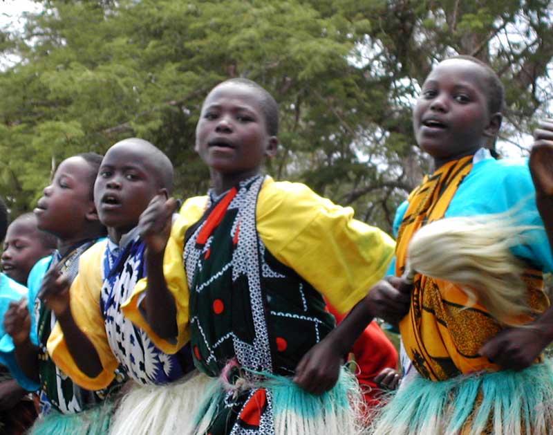 Kenyan girls singing