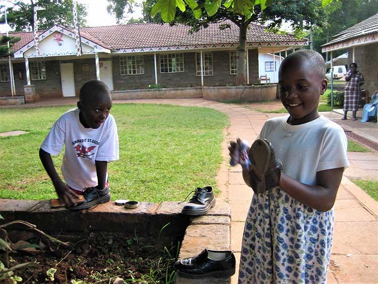 Kenyan kids working
