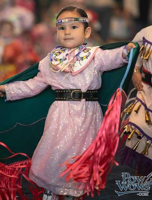 Native girl at pow wow