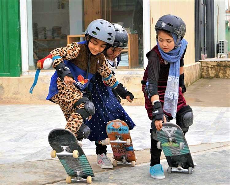 Afghan kids skateboarding