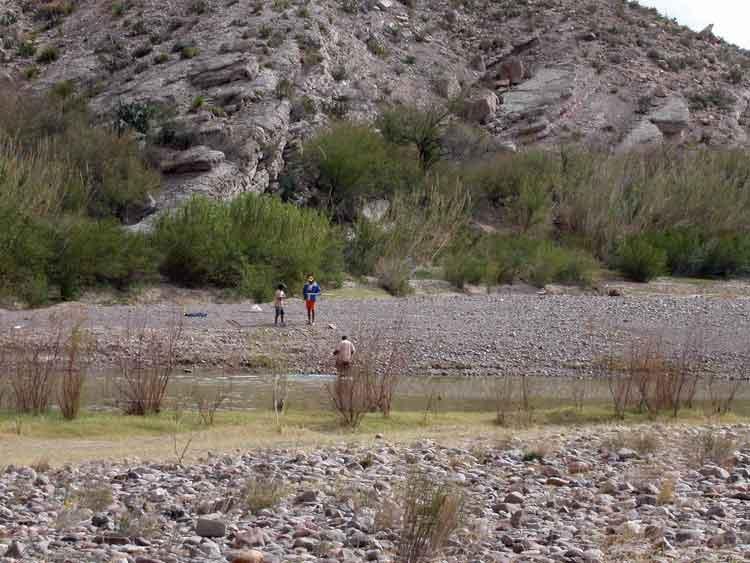 Migrants prepping to cross border